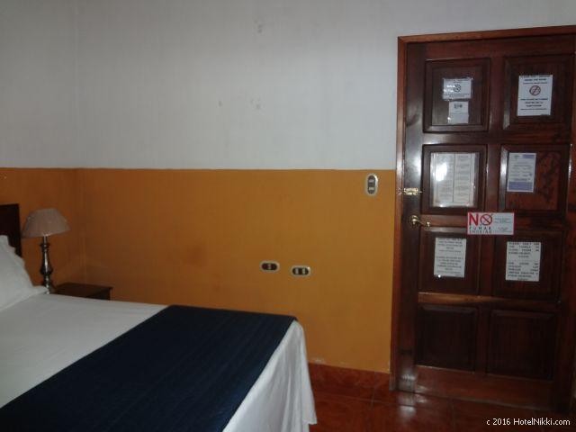 グアテマラ・フローレスのホテル・ヴィラ・デル・ラゴ、客室