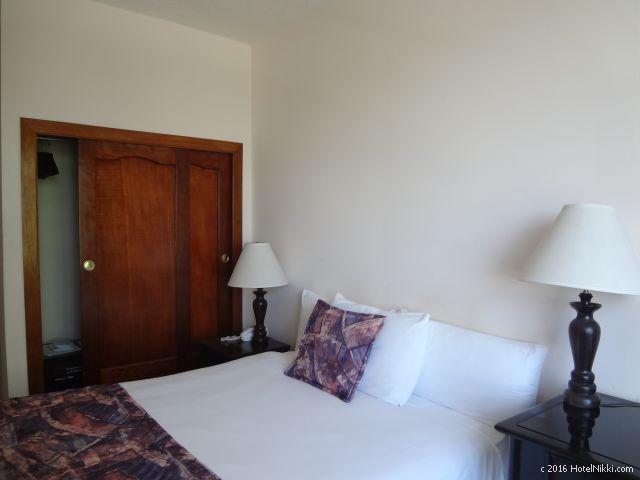 ベリーズ・ベリーズシティーのシャトーカリビアンホテル、客室