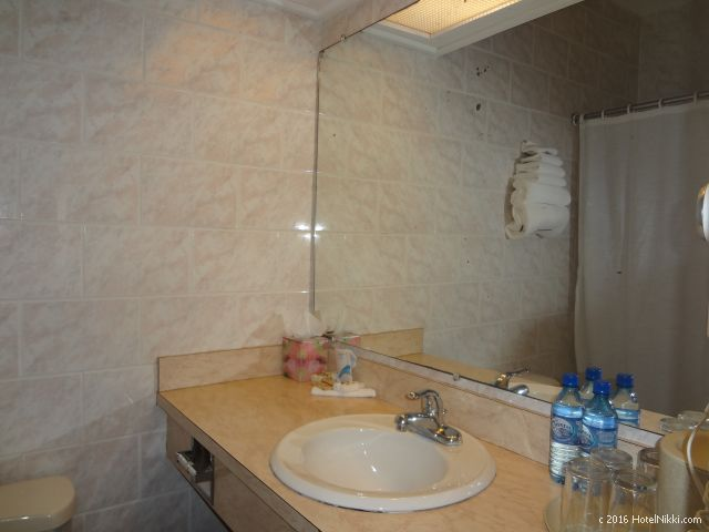ベリーズ・ベリーズシティーのシャトーカリビアンホテル、洗面所