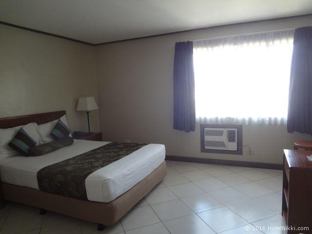 キンバリーホテルマニラ、スーペリアルーム客室