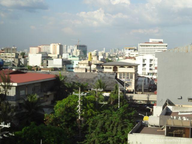 キンバリーホテルマニラ、窓からの景色