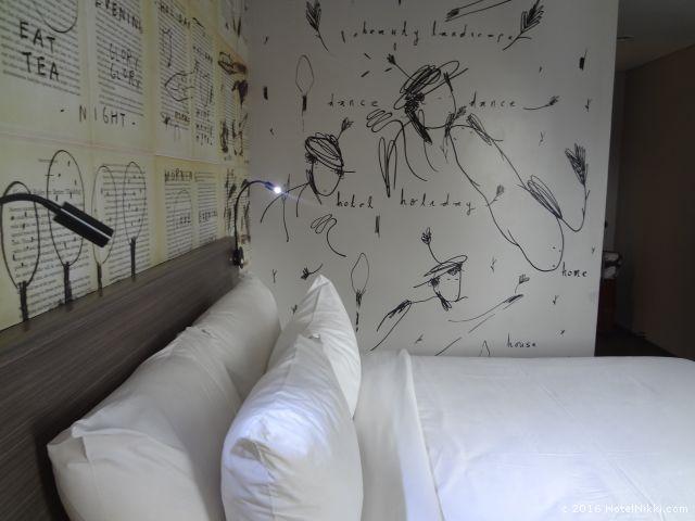 アートテル ジャカルタ タムリン、室内を別の角度から
