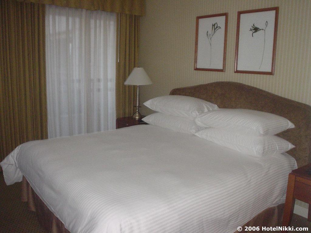 パークハイアットロサンゼルス キングベッドルーム
