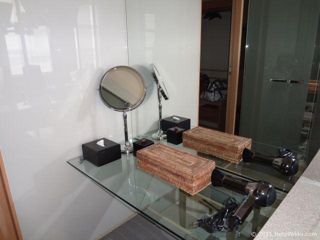 パークハイアット東京 バスルーム、バニティーエリア