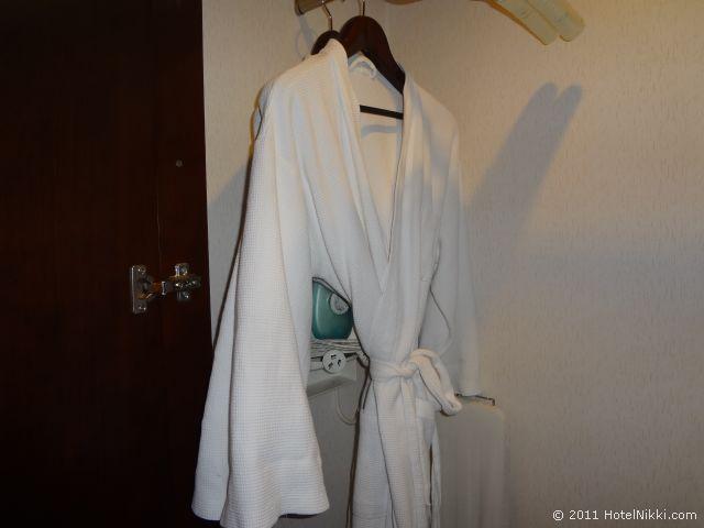 ハワード ジョンソン パラゴン ホテル 北京 バスローブ
