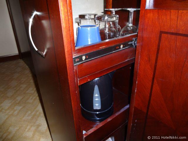 ハワード ジョンソン パラゴン ホテル 北京 コーヒーやティーセット