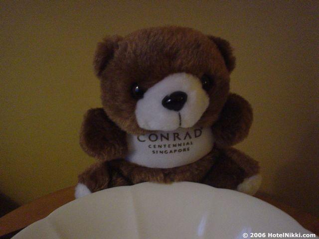 コンラッドセンテニアルシンガポール クマがおいてありました