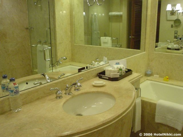 コンラッドセンテニアルシンガポール バスルーム