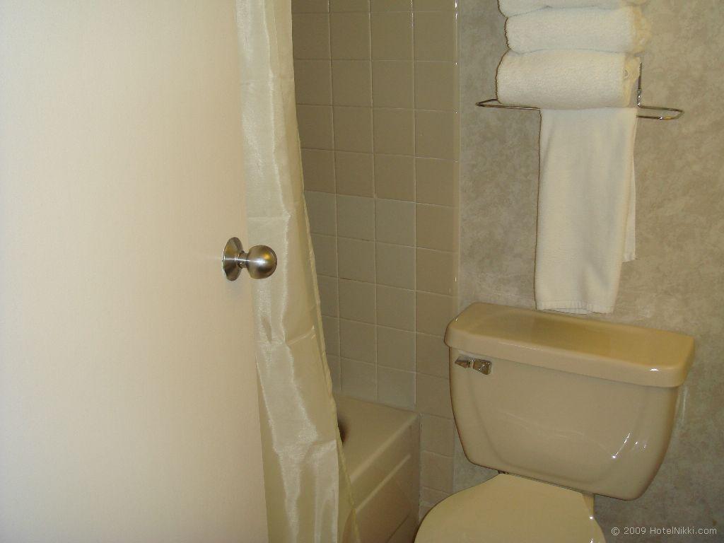フォークイーンズ・ホテル・アンド・カジノ・ラスベガス バスルーム