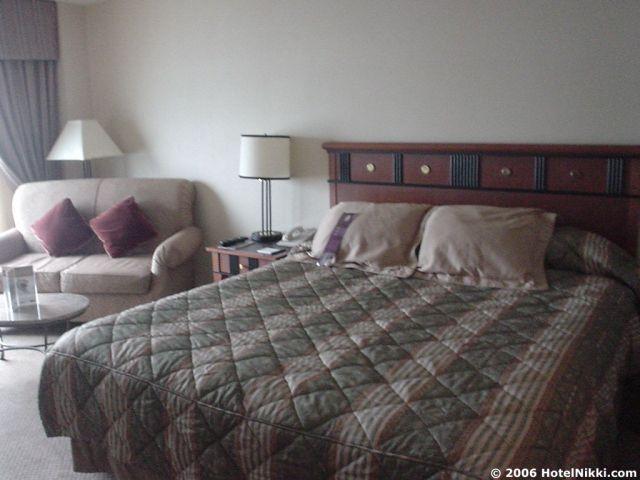 ハイアットハーバーサイドボストンローガン国際空港 ベッド