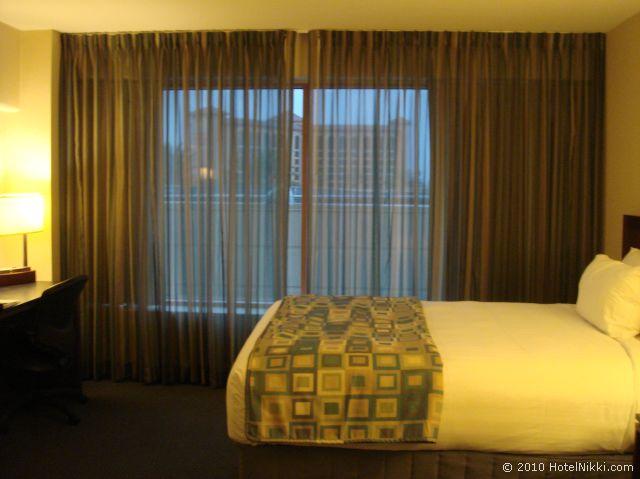 ハイアット リージェンシー オレンジ カウンティ ホテル、窓が大きい客室です