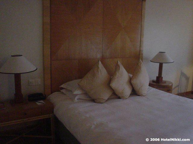 ハイアットサウジャナ ベッド