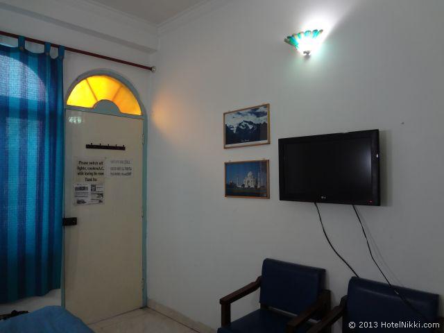 マヤホテルアグラ、テレビ