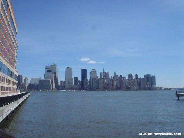 ハイアットリージェンシー ジャージーシティ 建物外から眺めるマンハッタンの景色