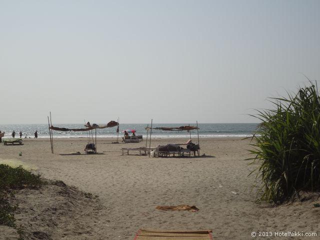 ゴアン カフェ アンド リゾート ゴア、モルジムビーチ