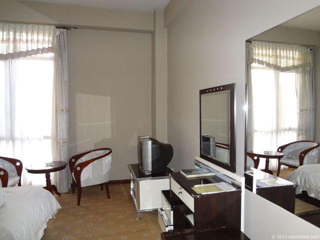 ホテル デ レオポル インターナショナル アディスアベバ、テレビはブラウン管