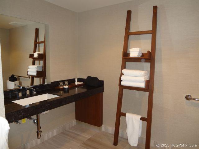 ノブ ホテル アット シーザーズ パレス、バスルーム