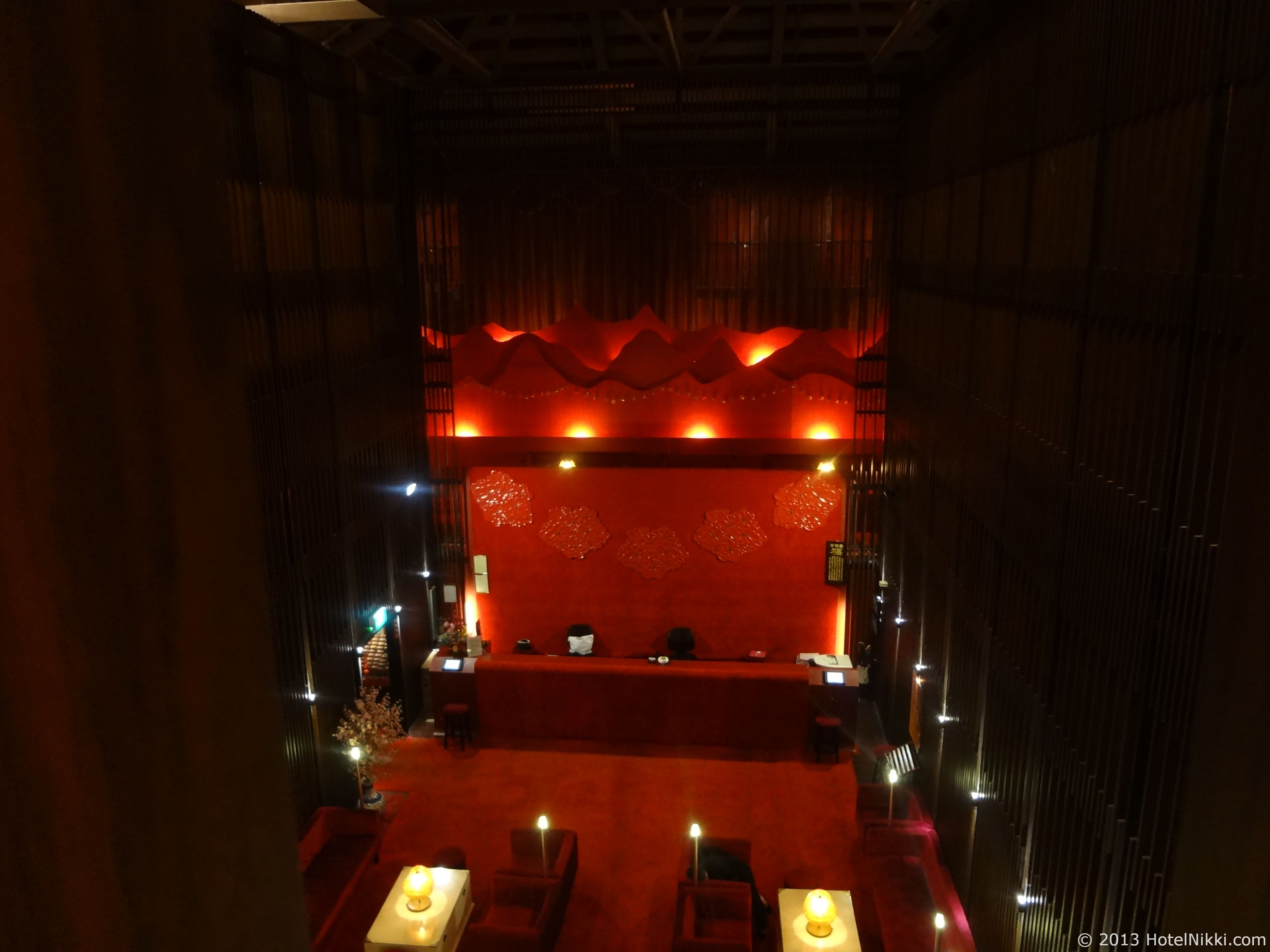 サンタ グランド ホテル ライ チュン エン ホテルロビーを上階から眺める