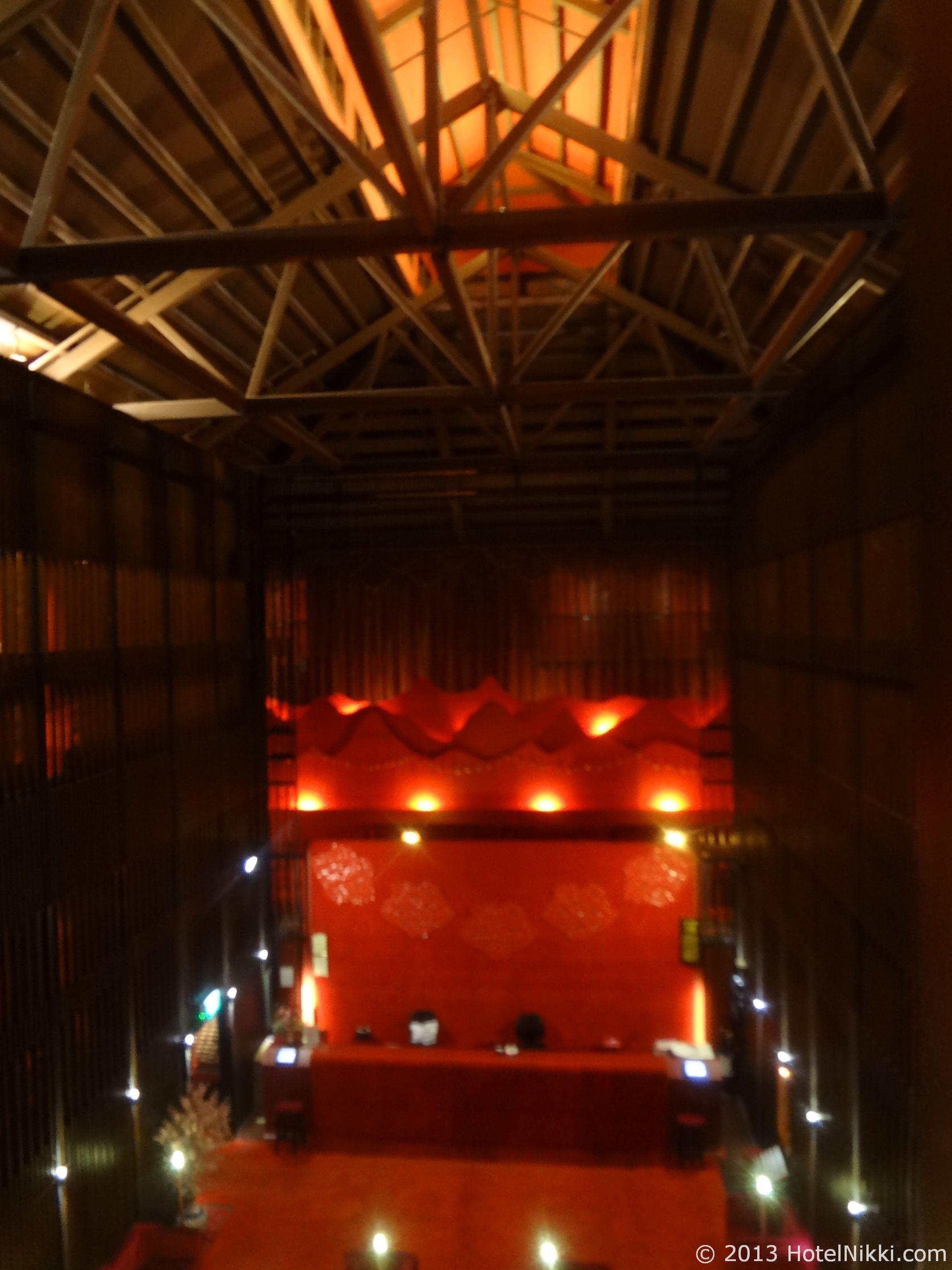 サンタ グランド ホテル ライ チュン エン ホテルロビーと天井