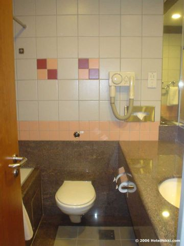 アンバサダートランジットホテル シンガポール、バスルーム