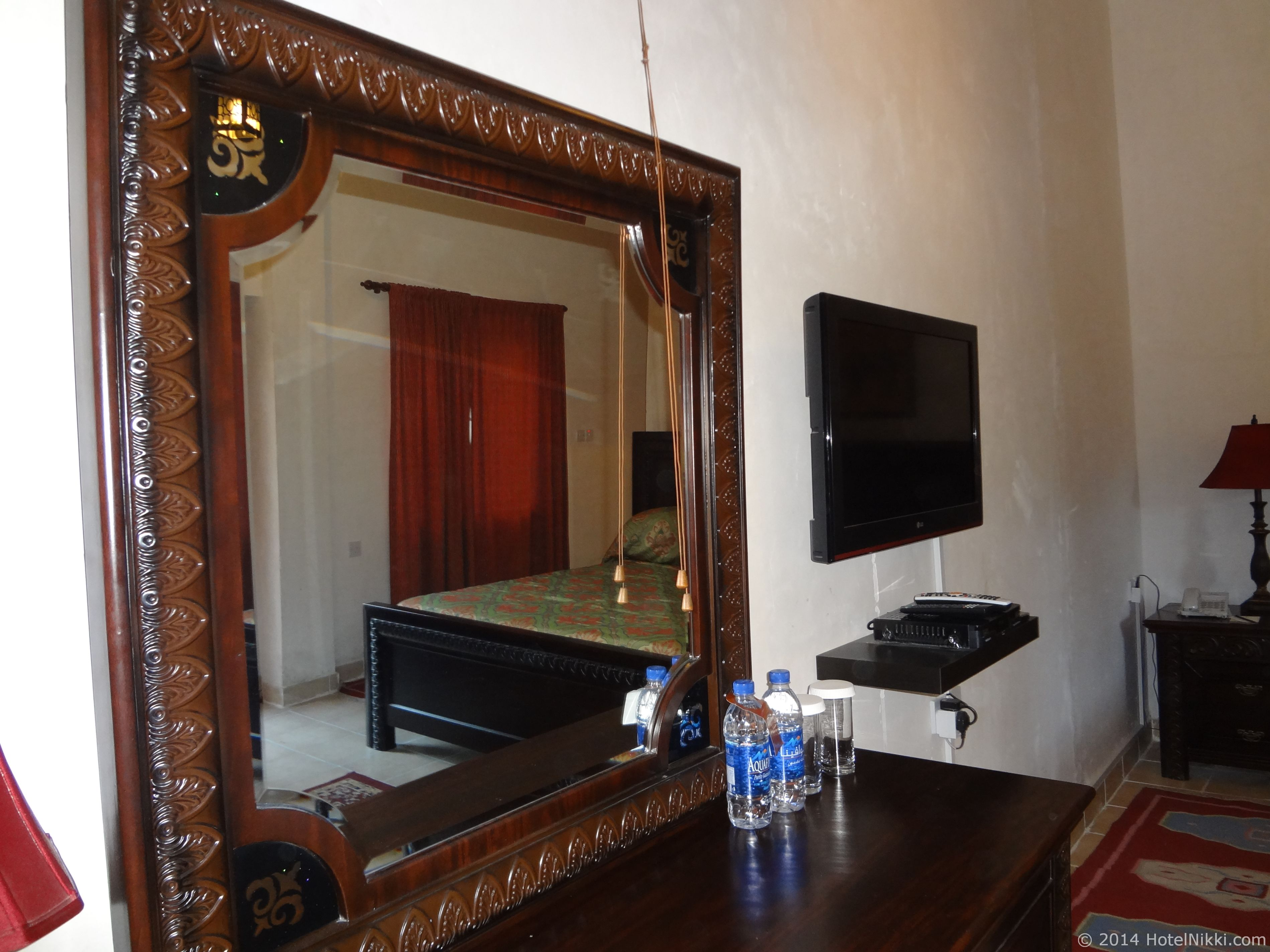 Ahmedia Heritage Guest House 無料のお水が2本