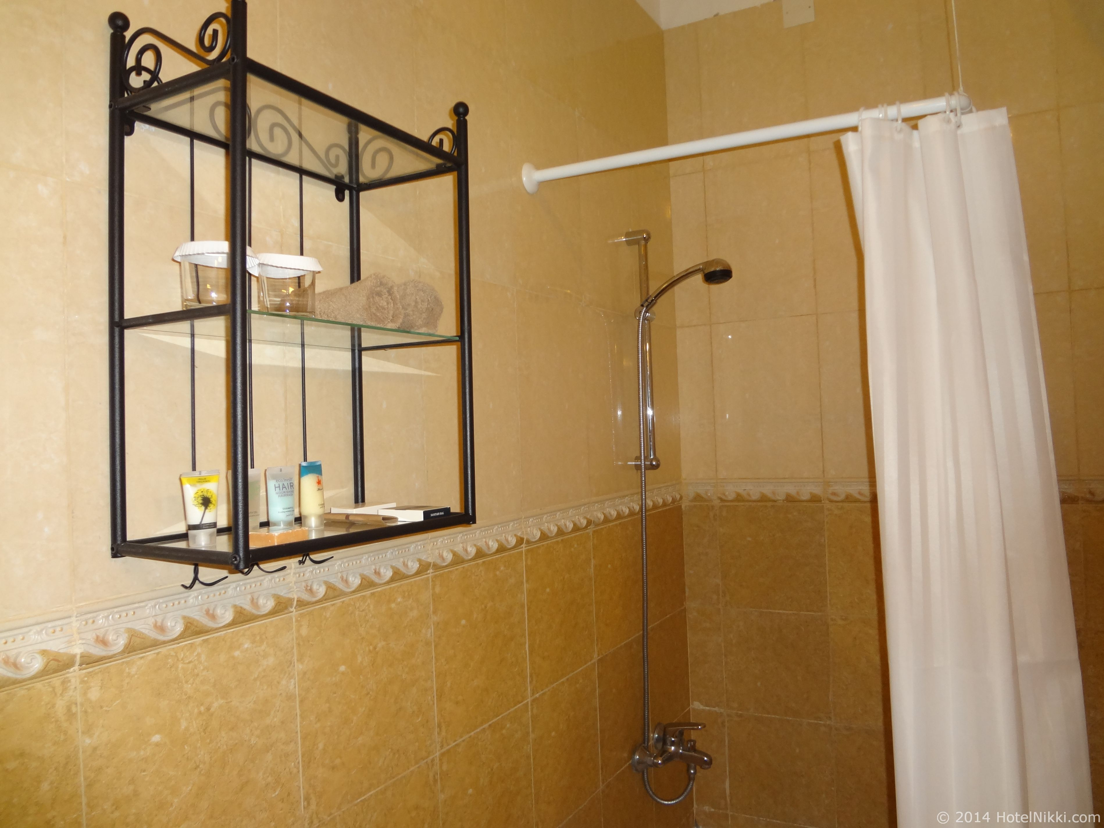 Ahmedia Heritage Guest House バスルーム、シャワーのみ