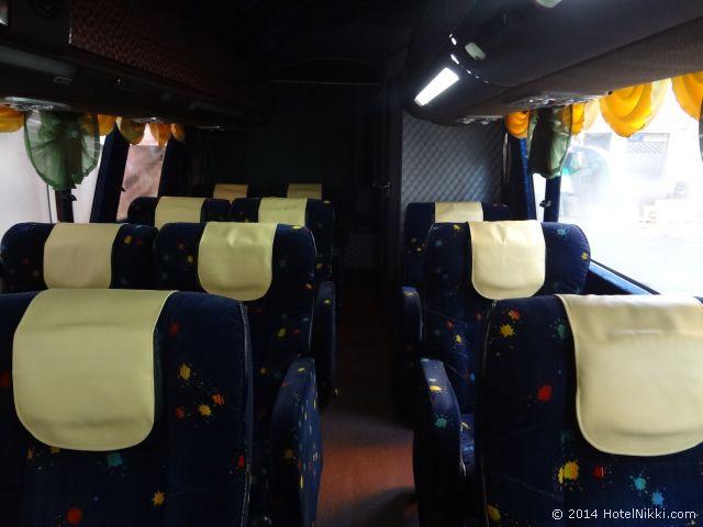 2014年3月、マレーシア・マラッカ写真旅行記 マラッカとシンガポールを結ぶバスの車内