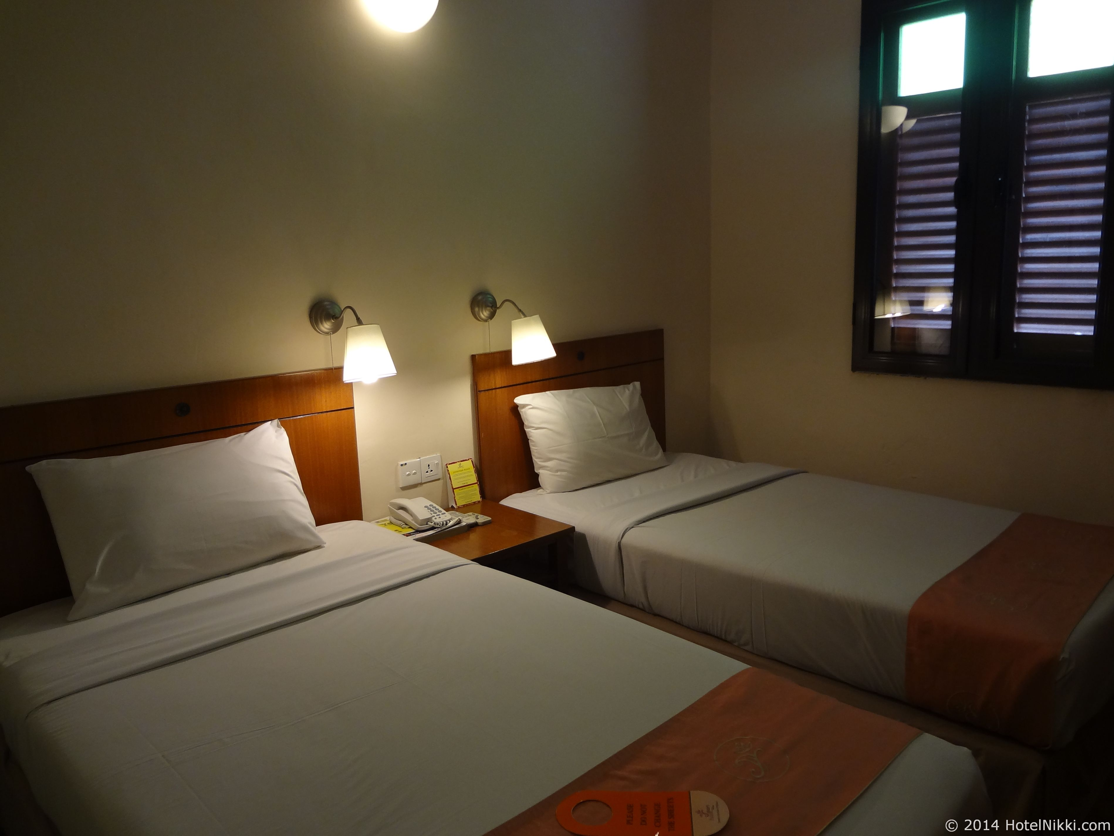 ホテルプリマラッカ ツインベッドルーム