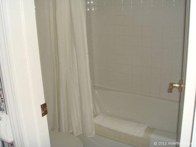 タウン アンド カントリー リゾート ホテル サンディエゴ バスタブあり