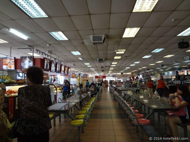 2014年3月、マレーシア・マラッカ写真旅行記 マラッカ~シンガポール間の途中の休憩所