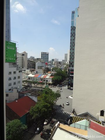 タン ホアン ロング ホテル ホーチミンシティ 窓からの眺め