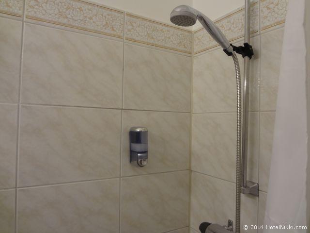 メイフェアーホテル バスルーム、シャワーのみ