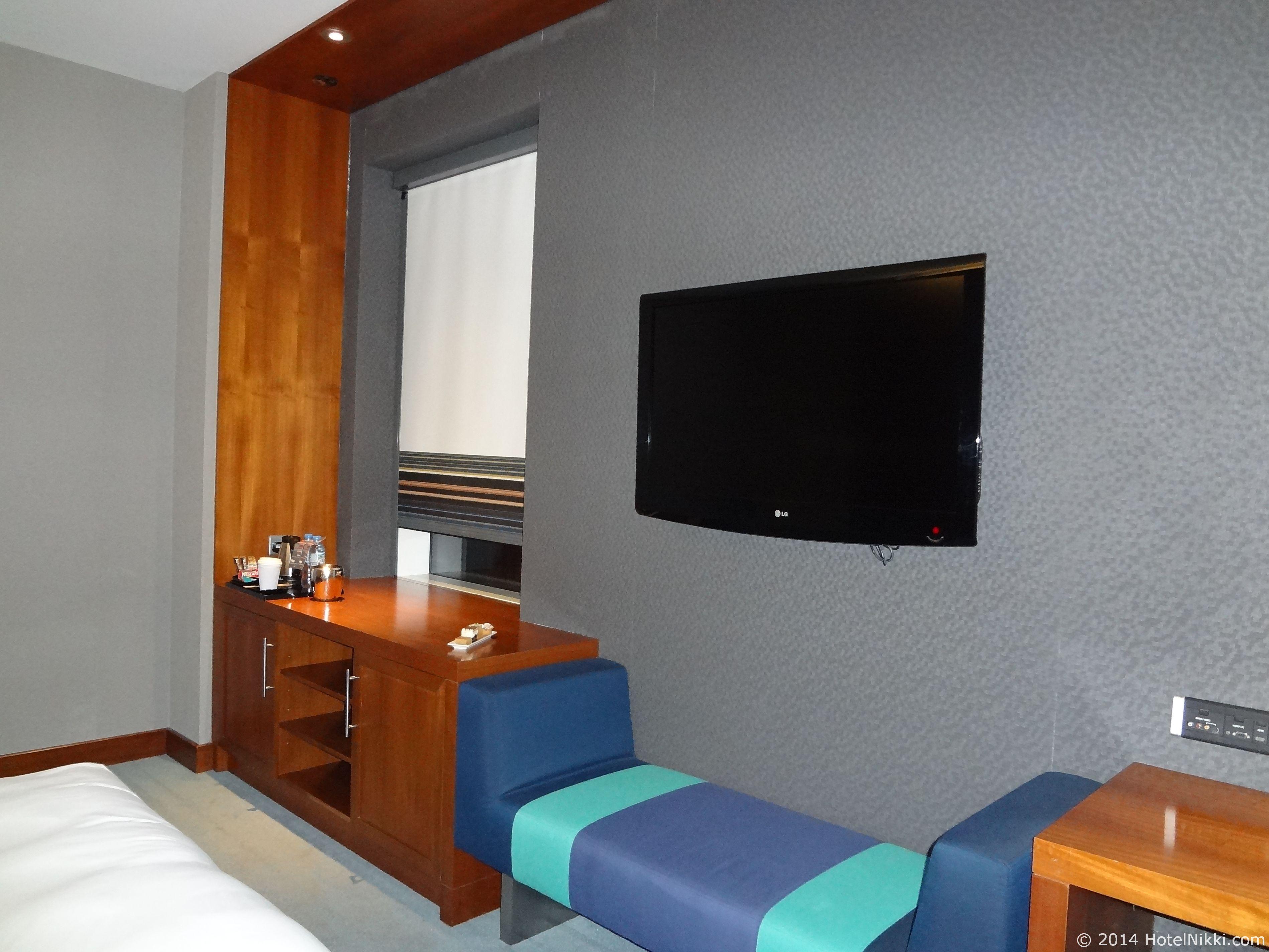 アロフトアブダビ 室内液晶テレビ