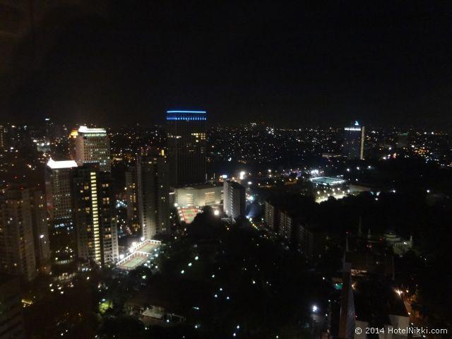 ハリス スイーツ FX スディアマン、きれいな夜景です