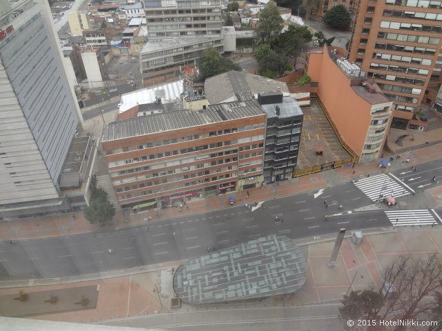 クラウン プラザ スイーツ テケンダマ ボゴタ、眼下の眺め