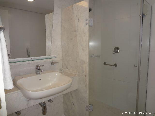 ノボテル ジャラグア サンパウロ コンベンション ホテル、バスルームはシャワーのみ