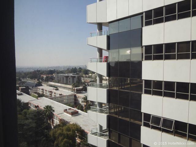 ラディソン ブル ガウトレイン ホテル サントン ヨハネスブルグ、窓からの景色
