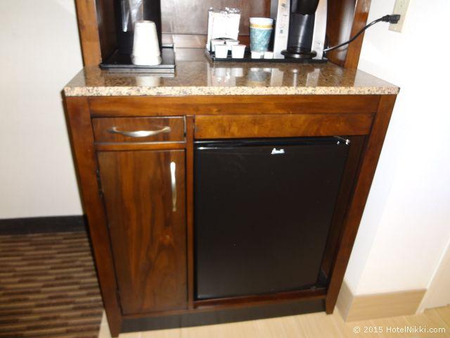 ヒルトン ガーデン イン パームスプリングス - ランチョ ミラージュ、ちょうど良いサイズの冷蔵庫