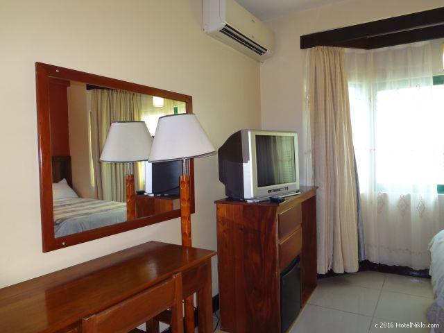 ベリーズ・キーカーカーのキーカーカープラザホテル、広めの客室